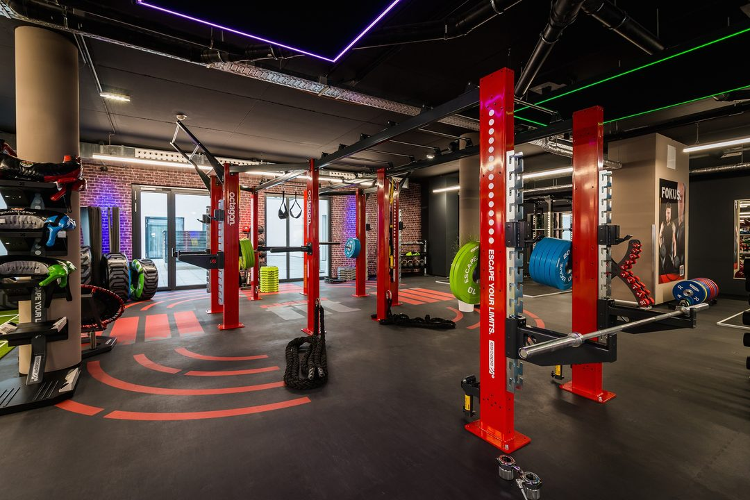 Free inhouse gym at THE FIZZ Vienna: 1.200 sqm clever fit!