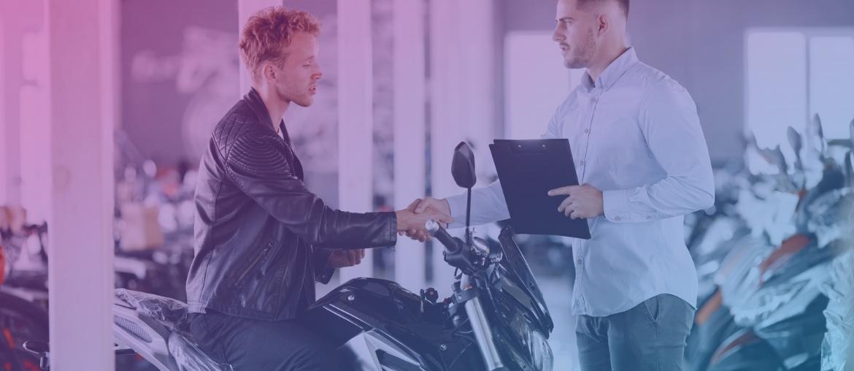 Não tem dinheiro para dar de entrada? Saiba como comprar a sua moto!