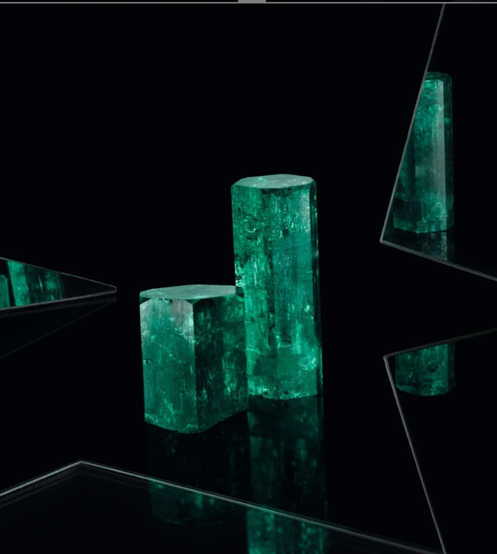 Mcogroup vivid green emerald hexagon crystal columbia