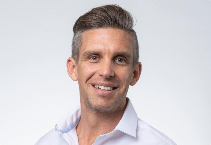 Simon Farrell