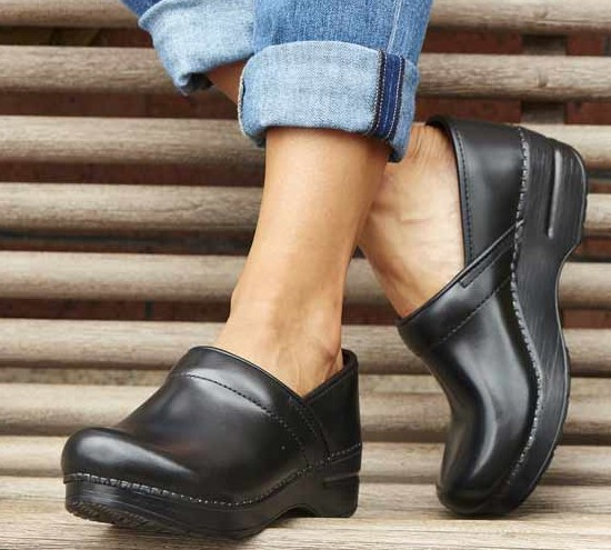 nursing shoes clogs