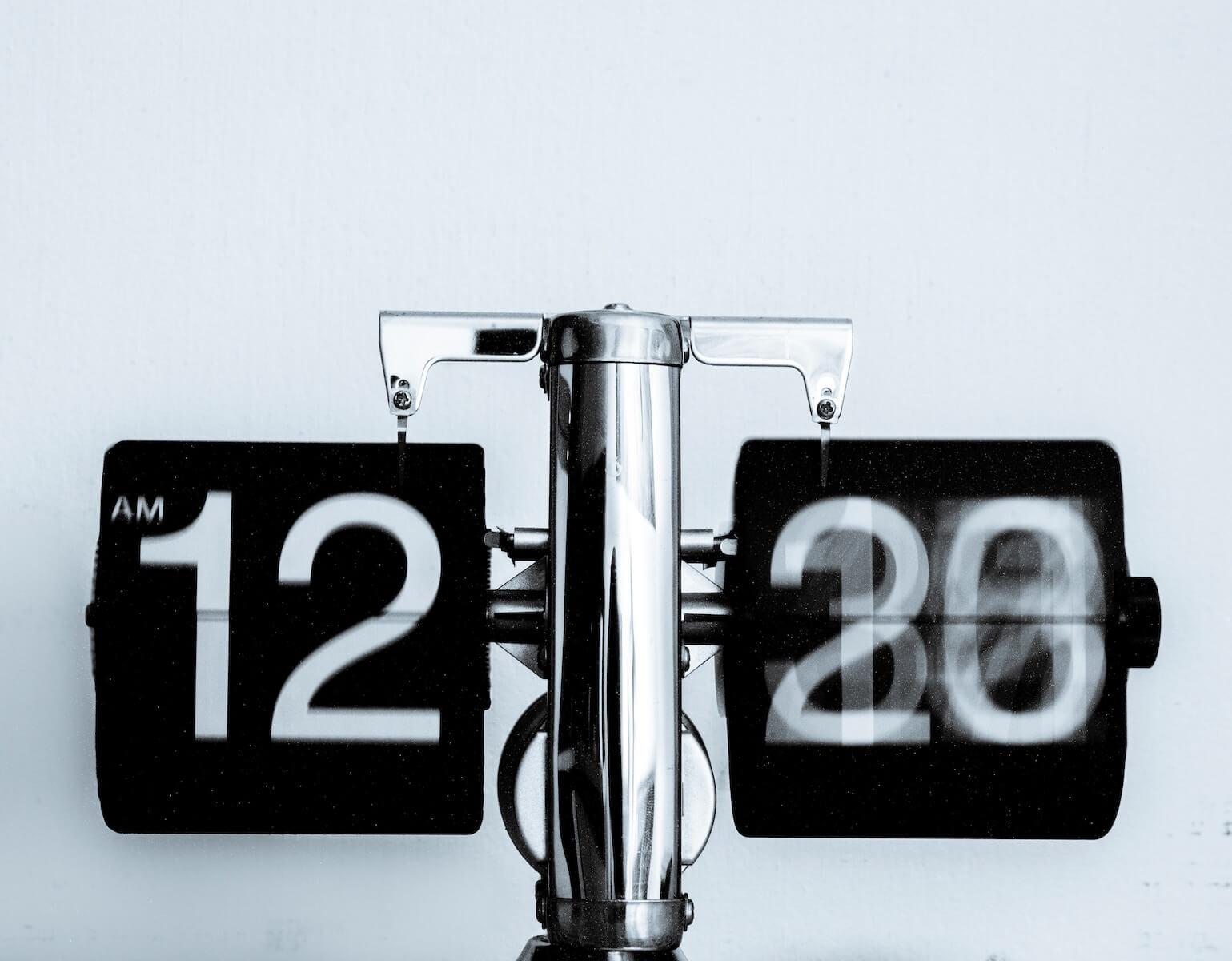 clock 12am nursing schedules nursing shifts 12 hour shifts