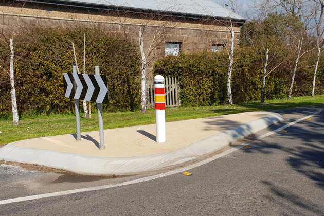Crash testing end terminal bollards