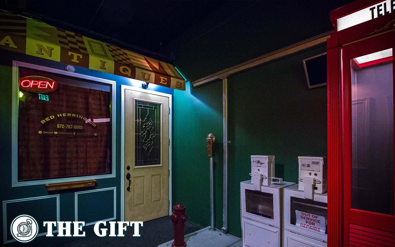 Gallery Southlake Red Door Escape Room