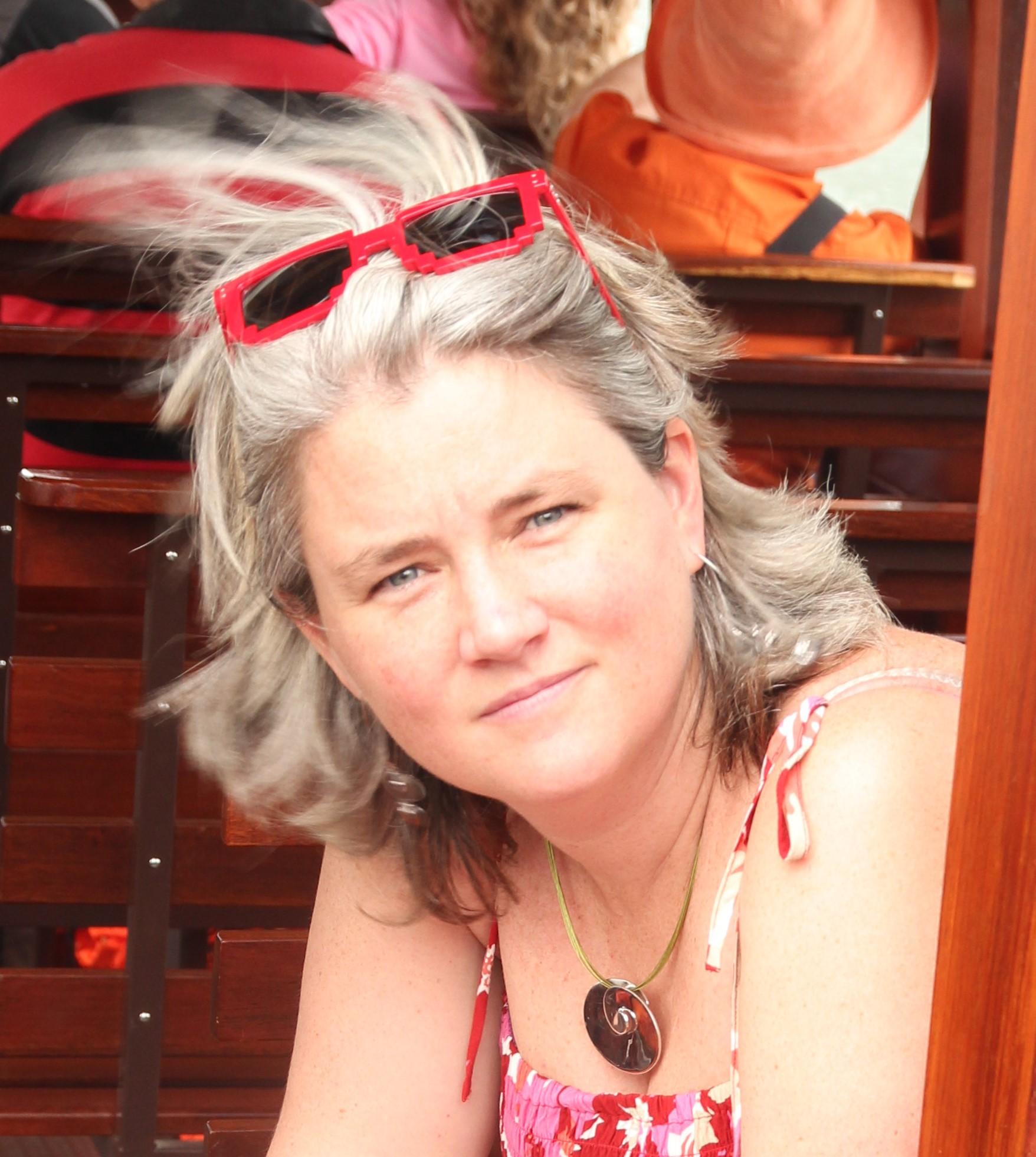 Frédérique Vanholsbeeck