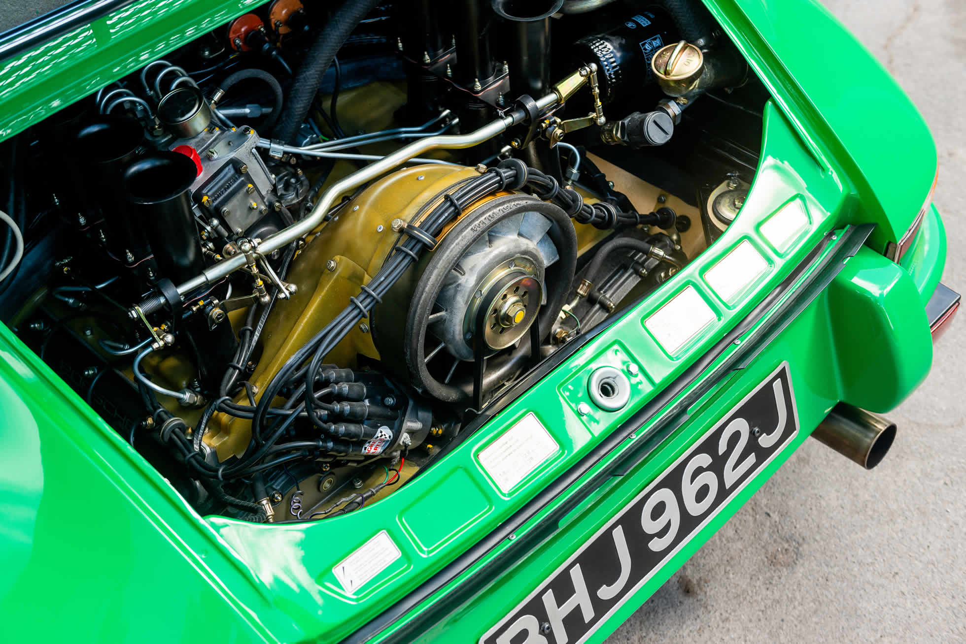 For Sale 1971 Porsche 911 S-T engine