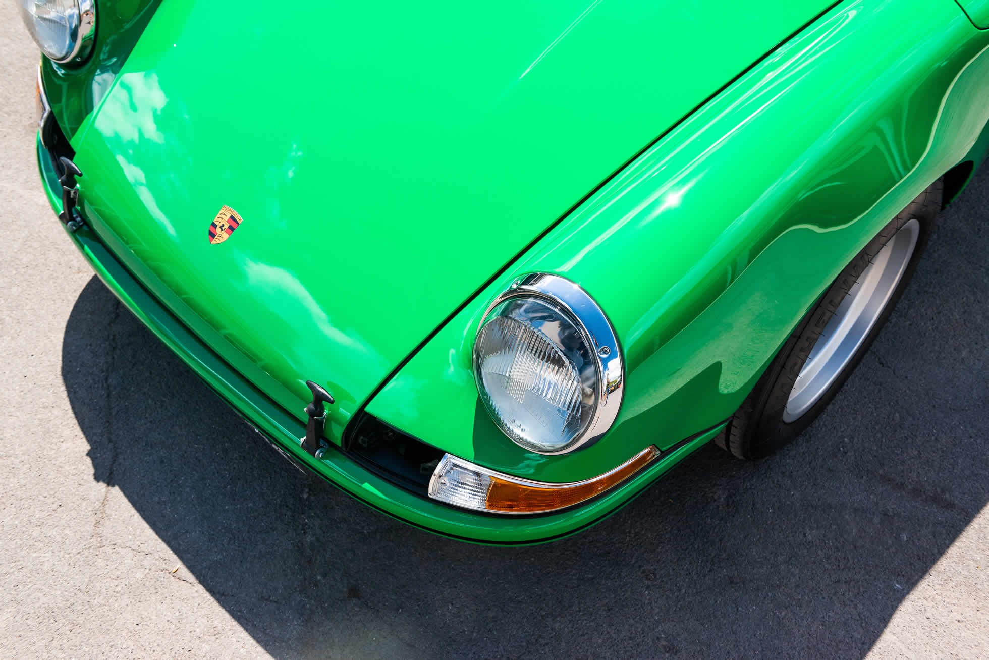 For Sale 1971 Porsche 911 S-T bonnet