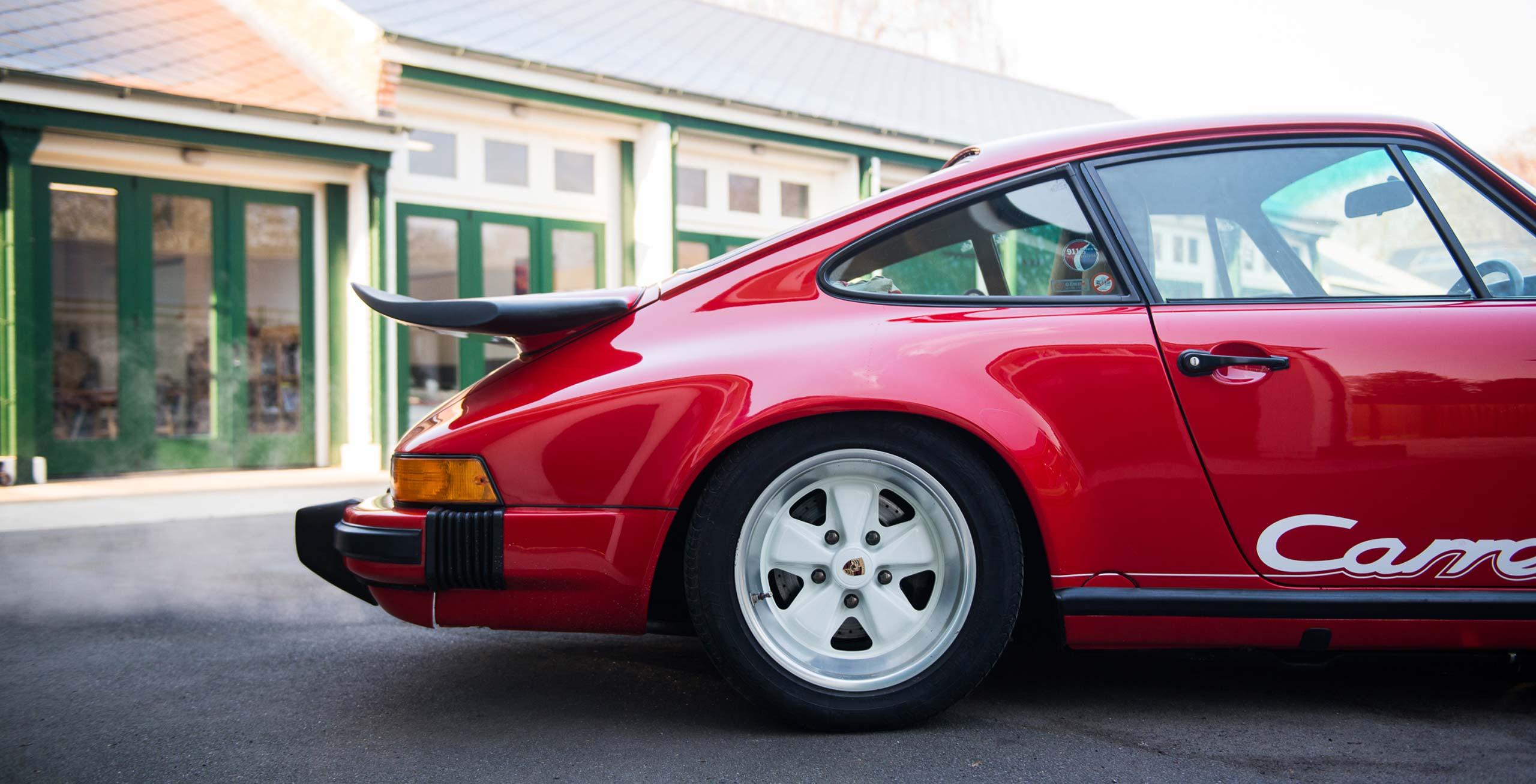 1989 Porsche 3.2 Carrera Club Sport