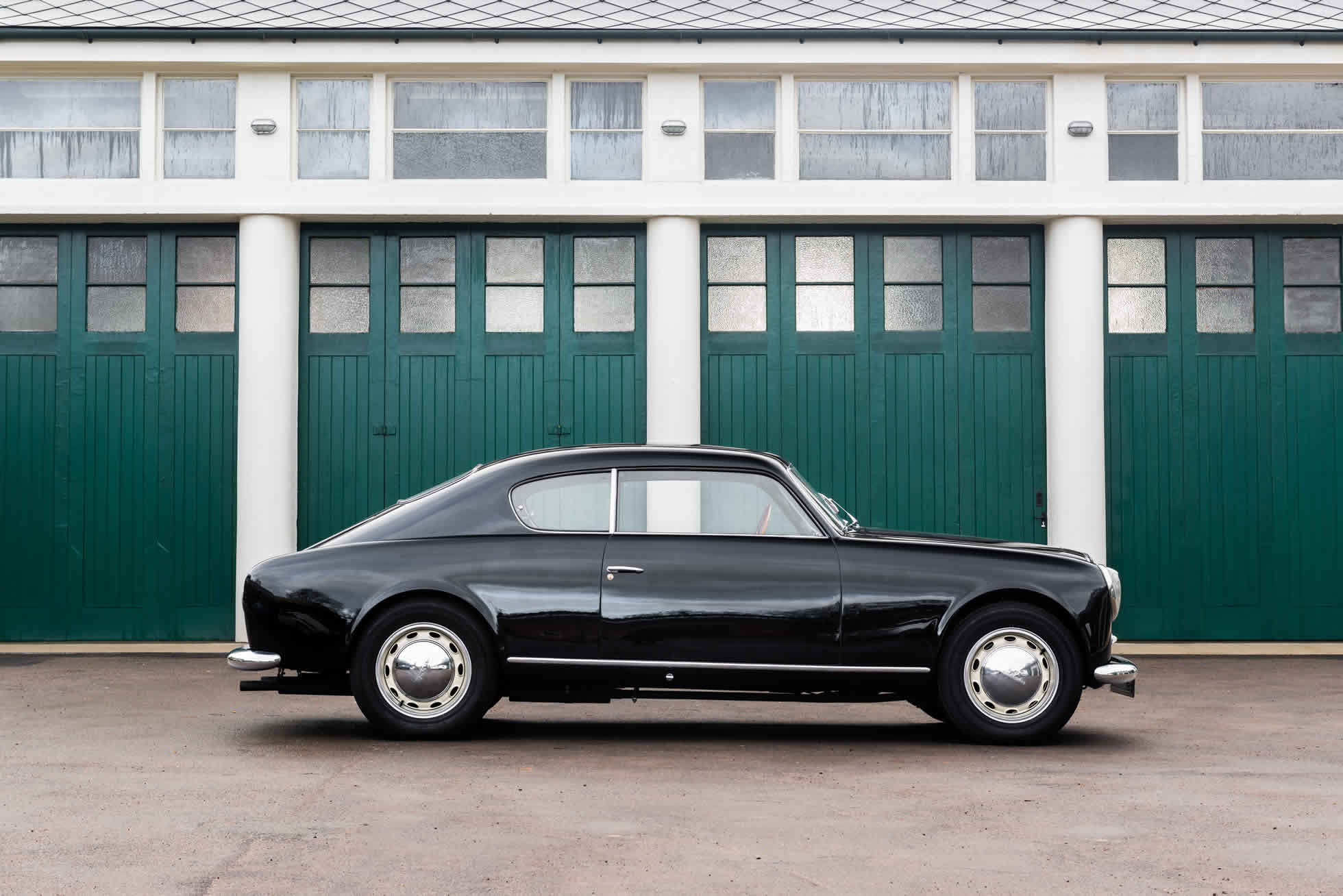 For Sale 1952 Lancia Aurelia B20 Series II Coupe side view