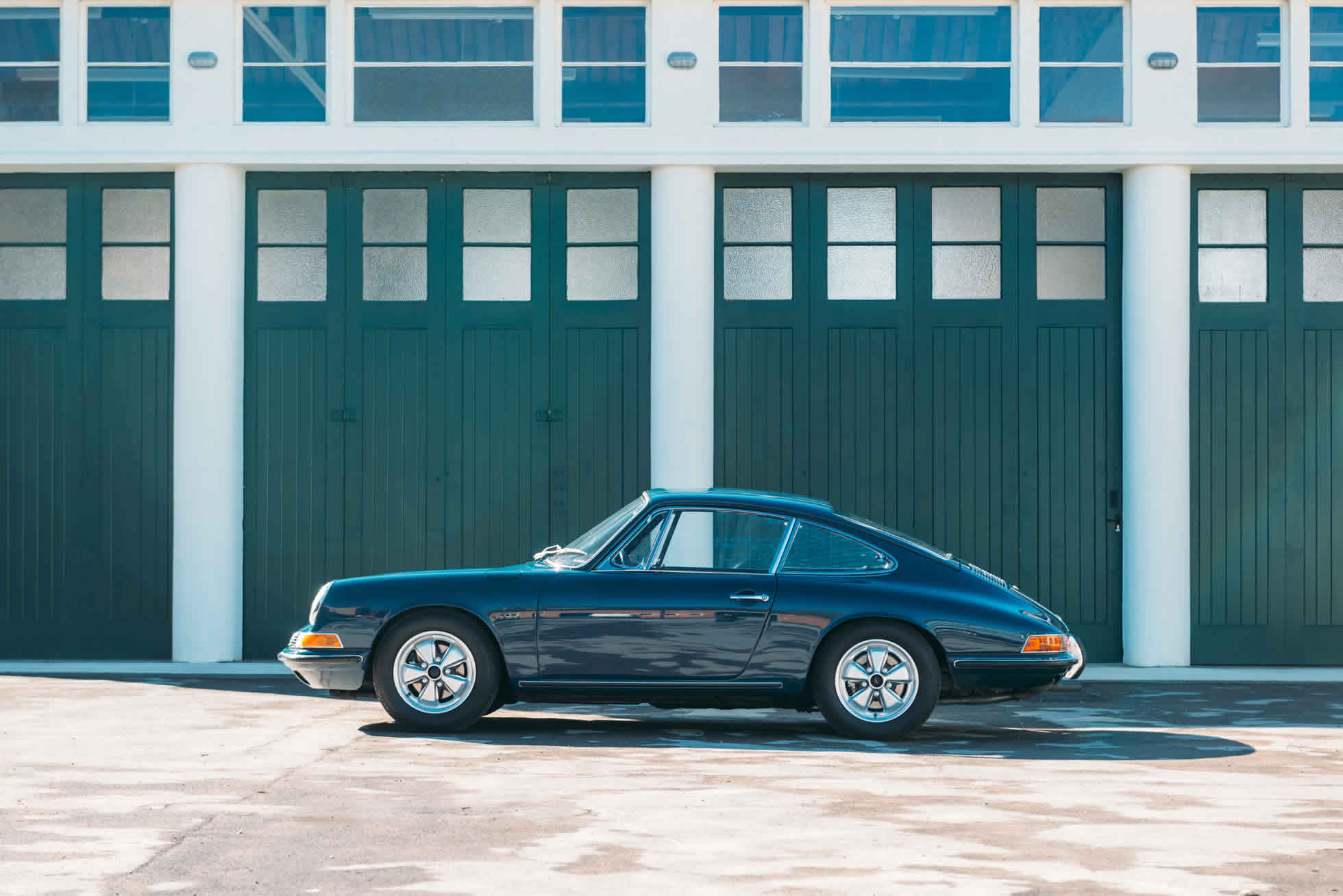 For Sale 1967 Porsche 911 S side view