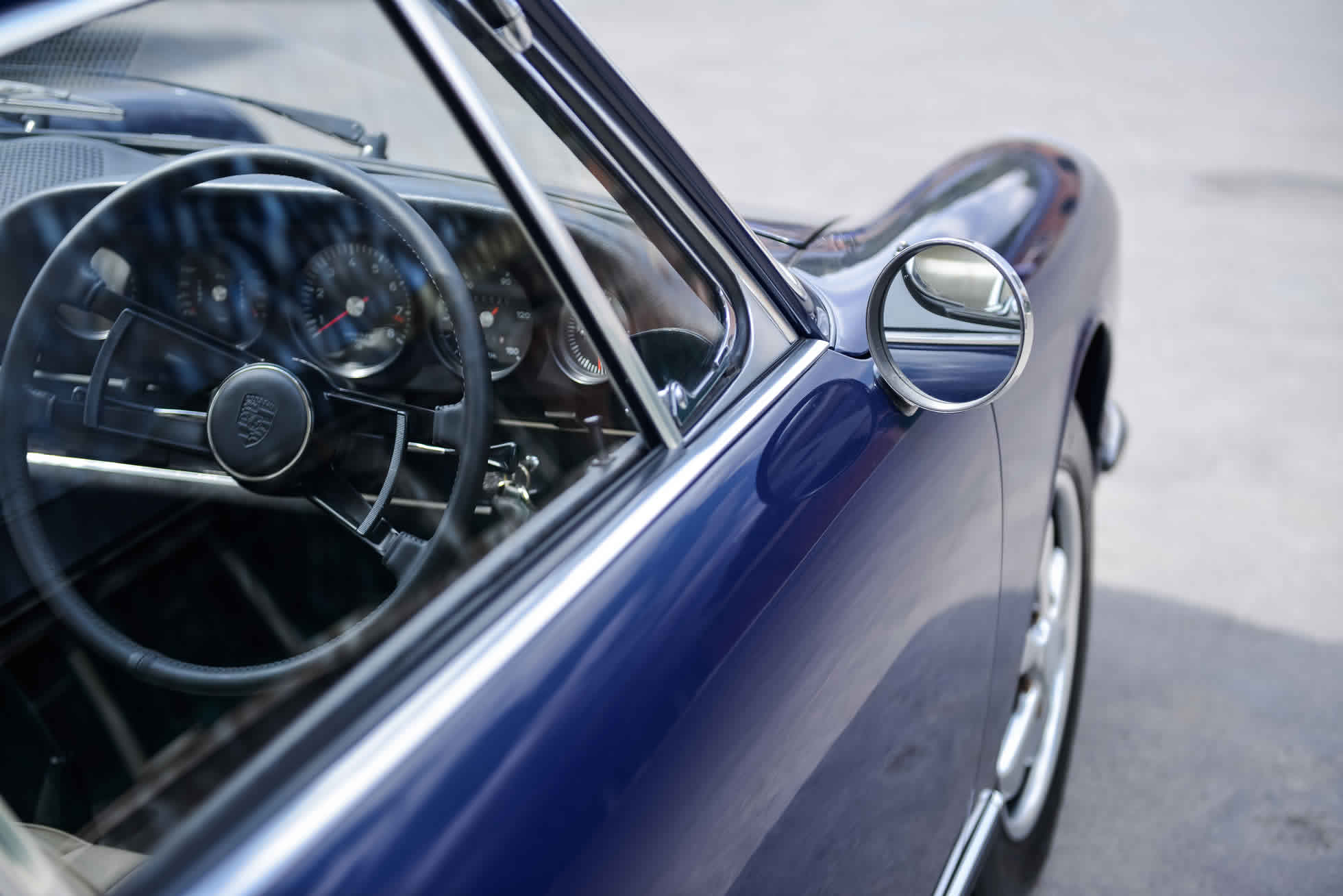 For Sale 1968 Porsche 911 S side view