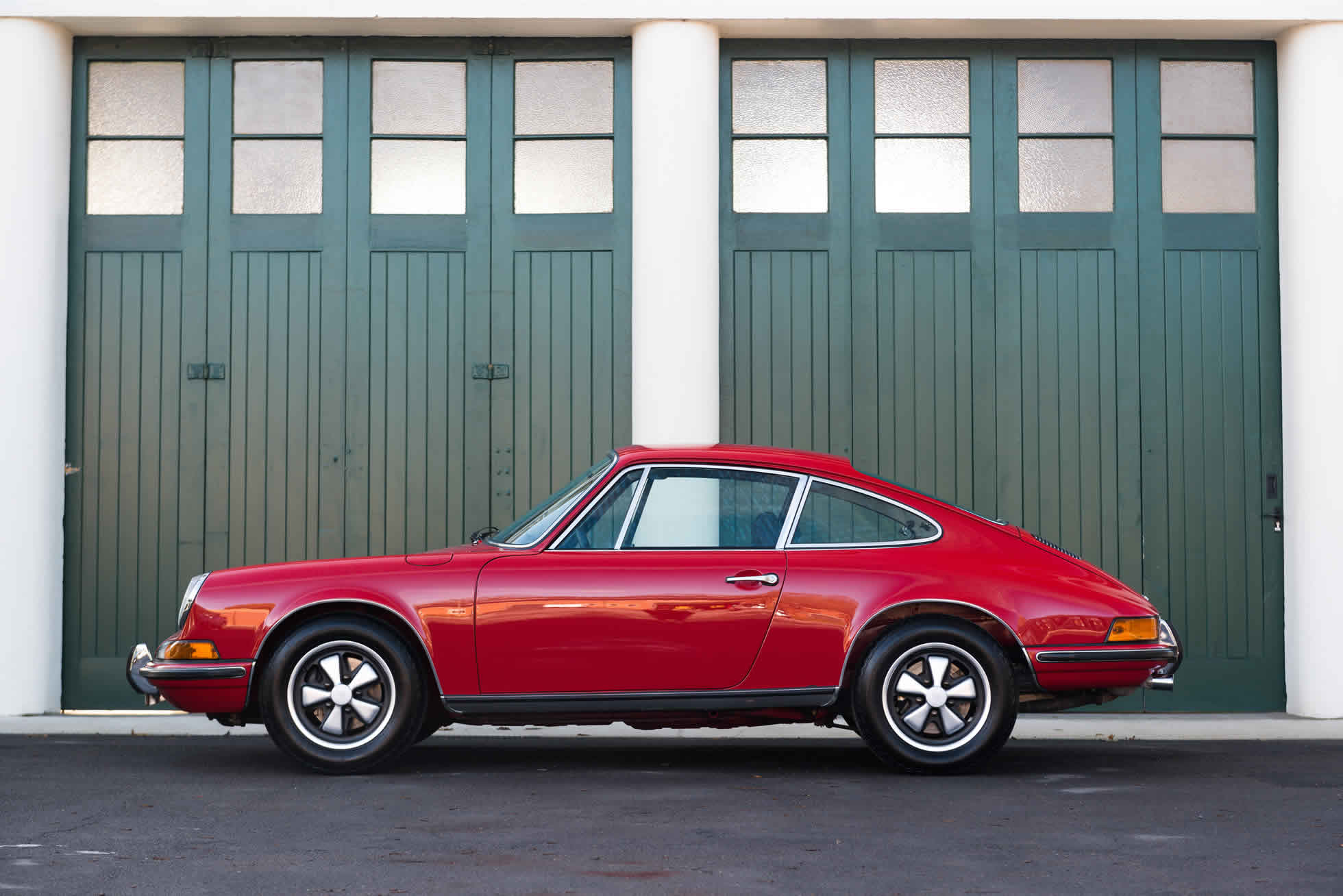 For Sale 1973 Porsche 911 T 2.4 side view