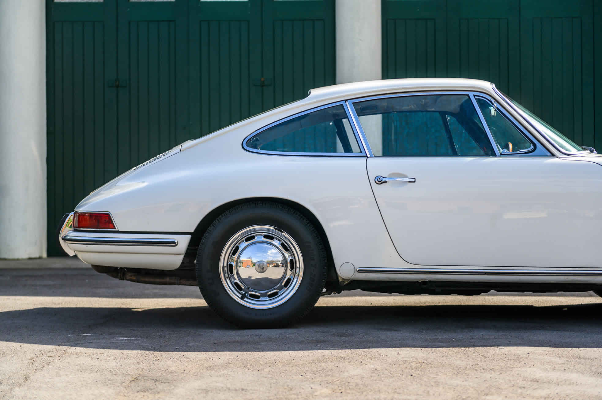 For Sale, 1965 Porsche 911, sports purpose, side view