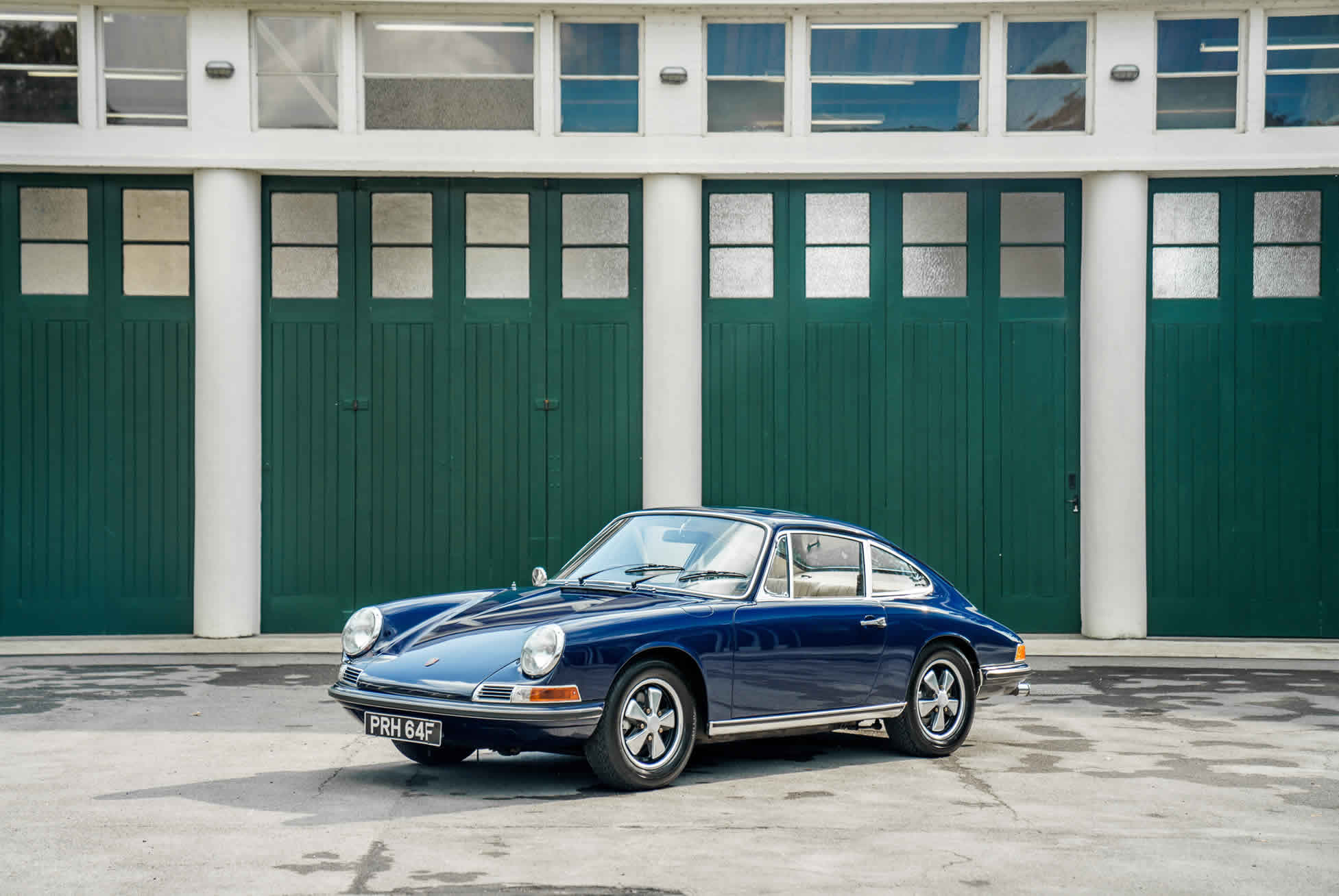 1968 Porsche 911 S For Sale. Sports Purpose Porsche Specialists, Bicester Heritage, Oxon, UK