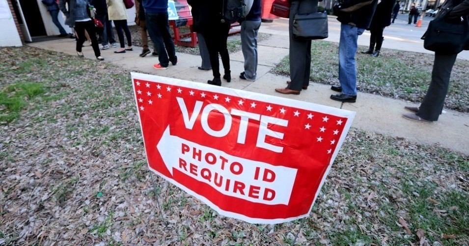 Photo ID law coming to Kentucky while virus shuts many issuing offices