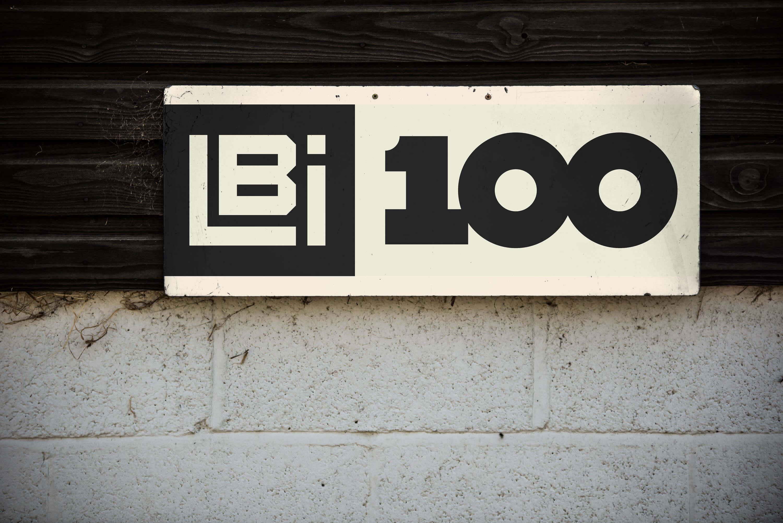 Lippert 100 Outdoor Sign