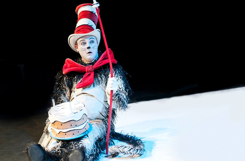 cat in the hat live on stage show for kids