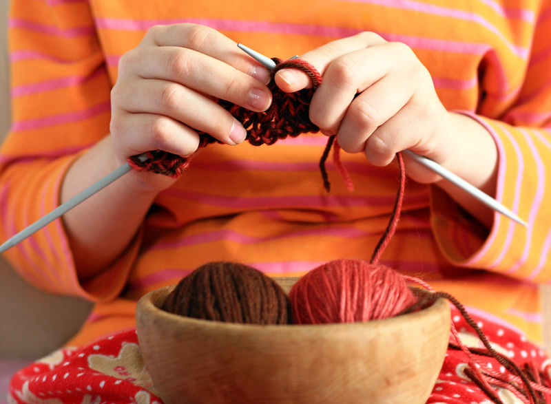 knitting classes for families