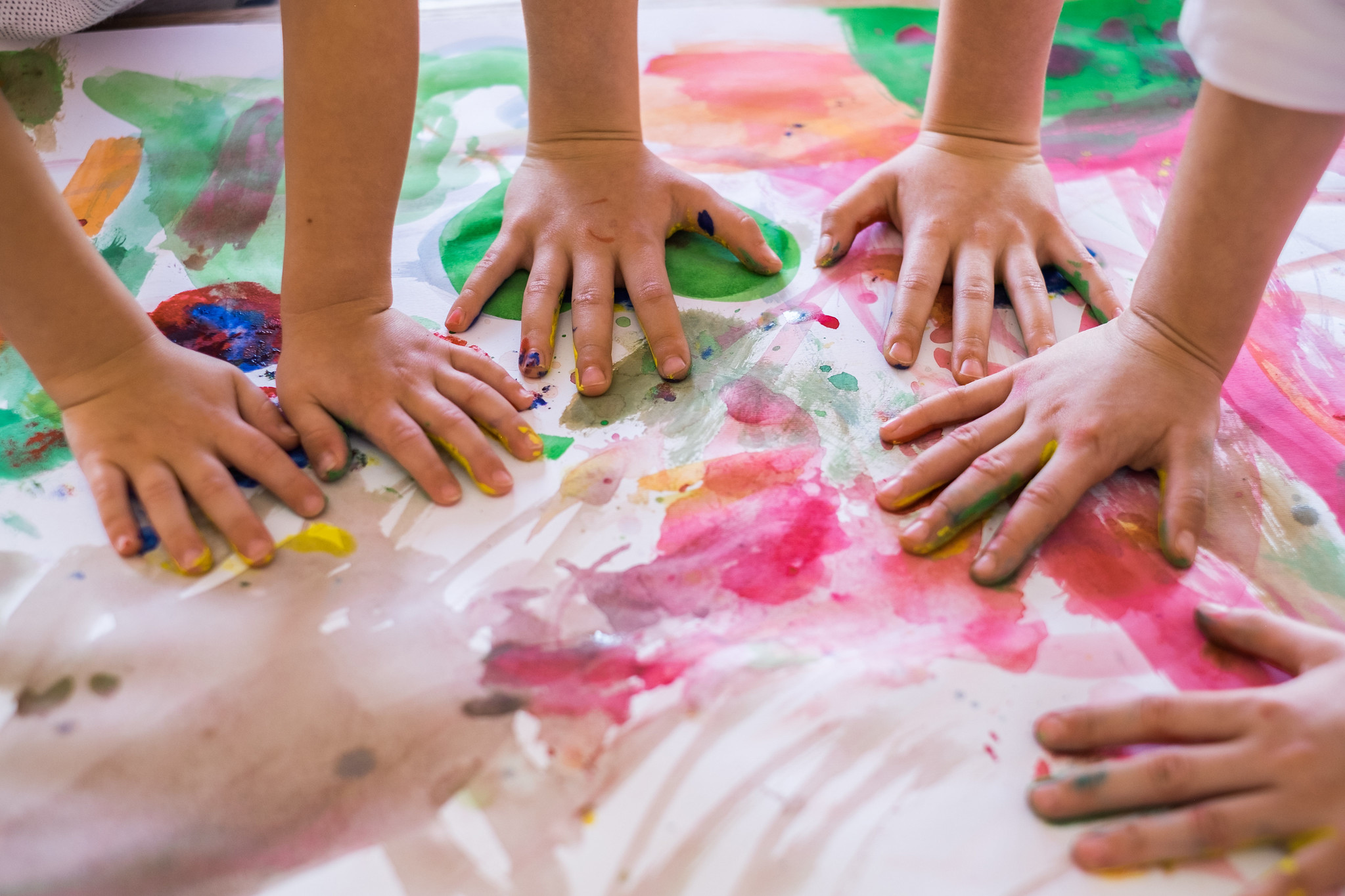 little hands finger painting