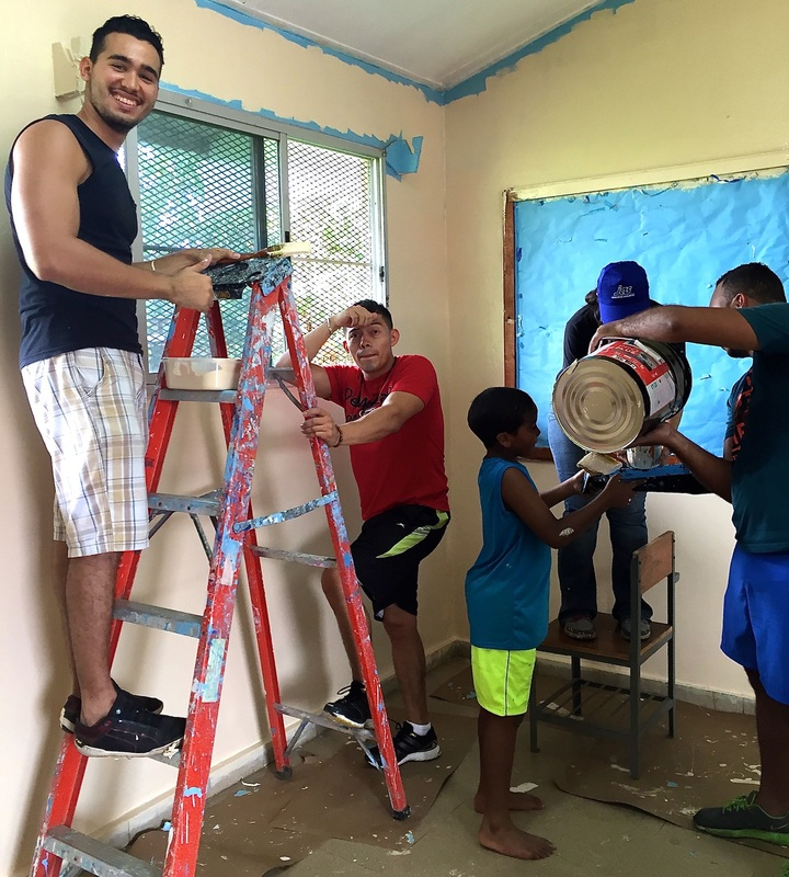 JAS Panama employees repaint local orphanage in their community