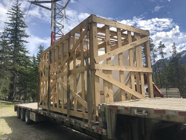 JAS Canada transports antenna