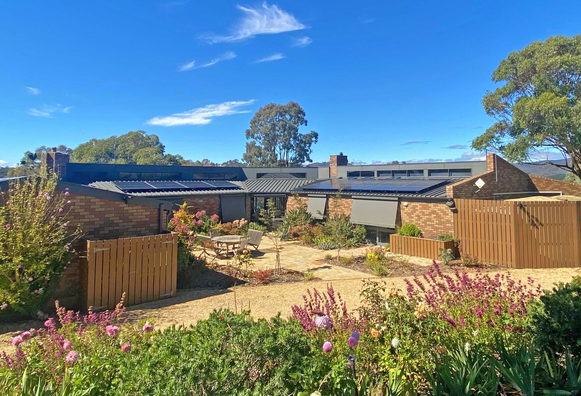 Hybrid Battery System In High Country Victoria