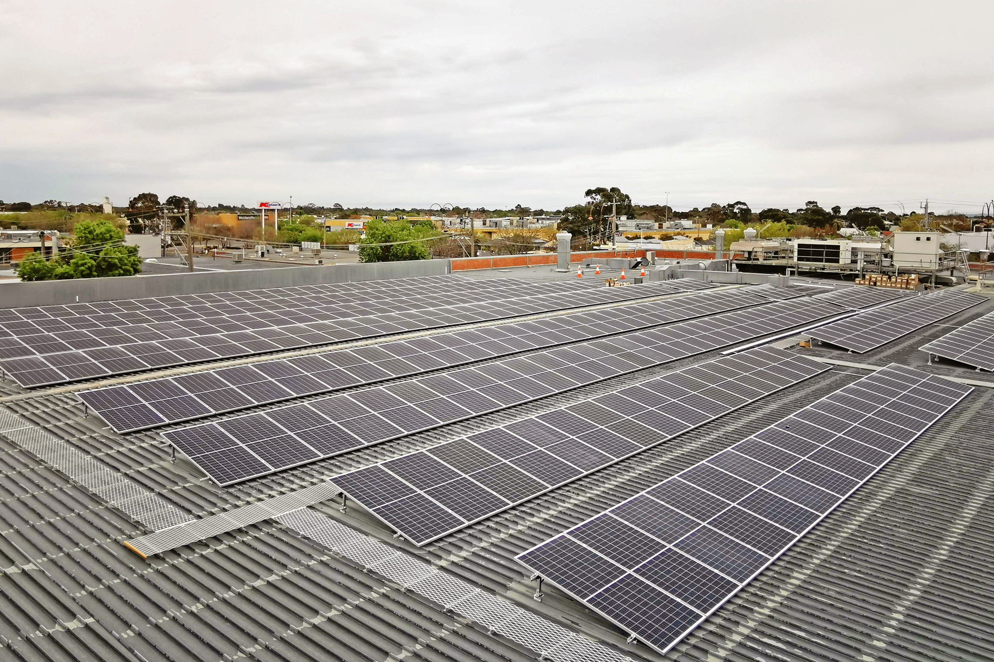 Coles pushes for 100% reliant renewable energy by 2025