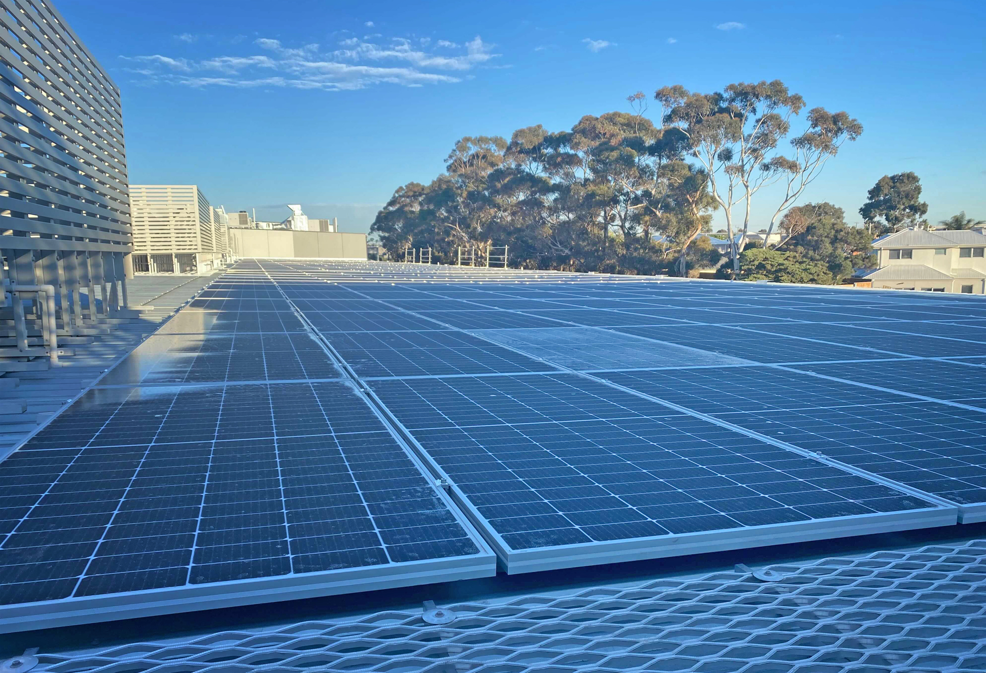 Commercial solar sales: the story