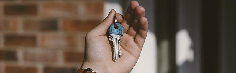 Quer investir em imóveis? Entenda por onde começar