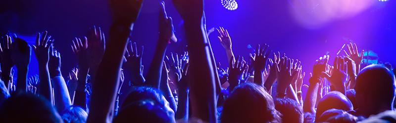 Música de festa: faça uma playlist arrebatadora