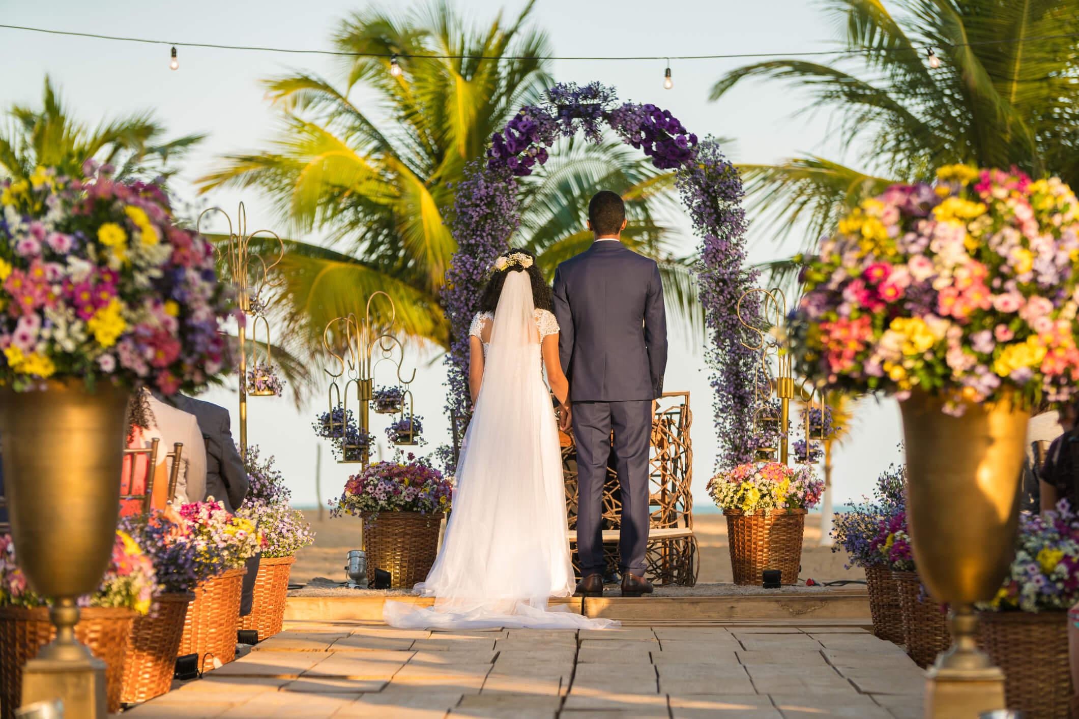 Veja 4 dicas essenciais para o seu casamento na praia ser incrível
