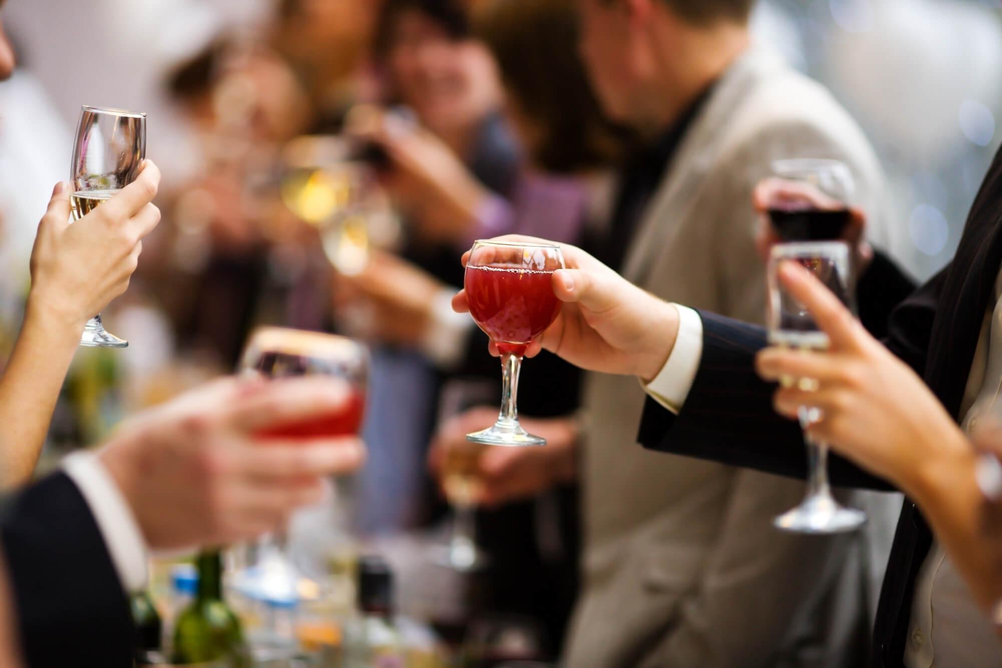 Bebidas no casamento: como escolher e calcular a quantidade adequada?