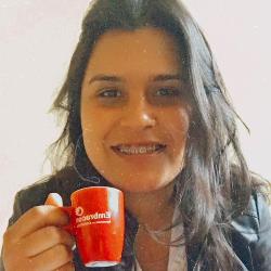 Paula De Oliveira Machado