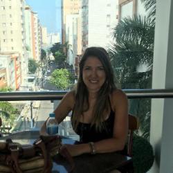 Adriana Maura