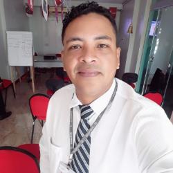 Stanley Santos Especialista Em Consórcio