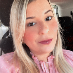 Karolina Montenegro