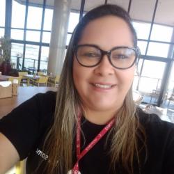 Kelly Araújo