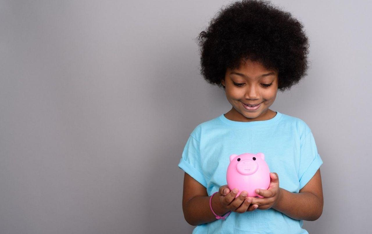 Como ensinar educação financeira aos filhos?