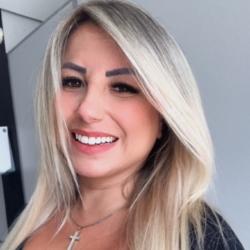 Sabrina Lopes