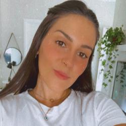 Caroline Alves Porto