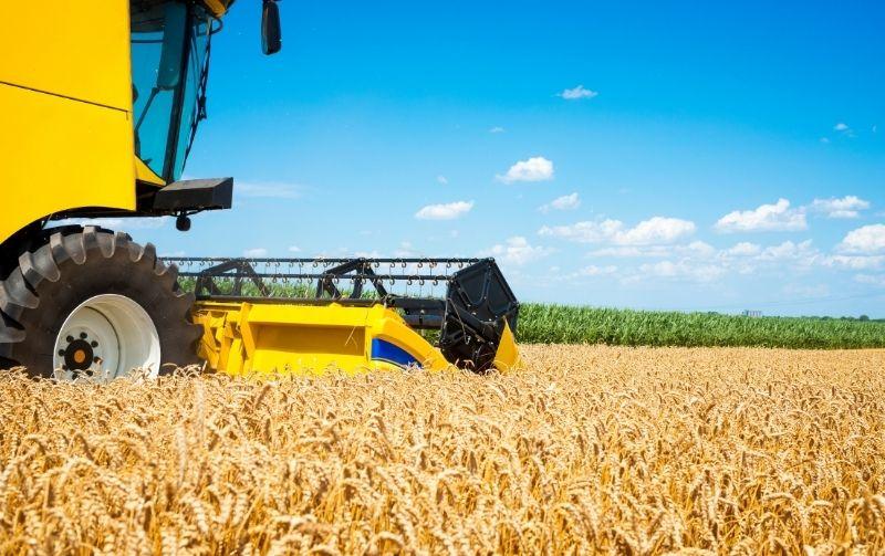 Como funciona o consórcio de máquinas agrícolas e caminhões?