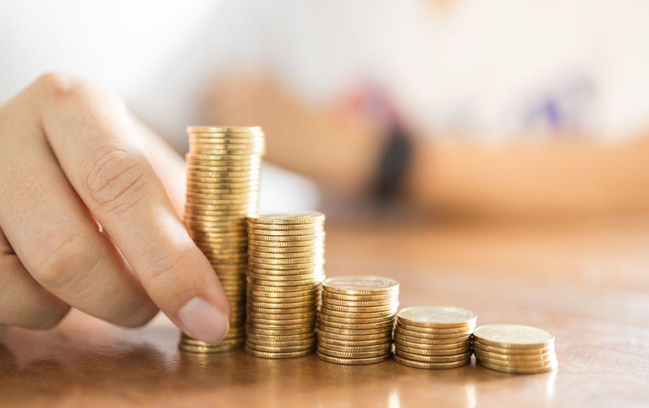 Entenda como a variação da moeda estrangeira pode impactar sua vida