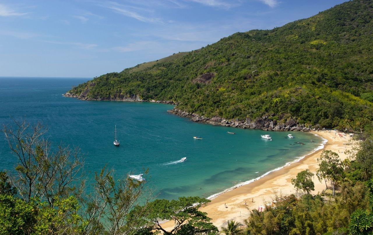 Conheça as sete melhores praias de Ilhabela
