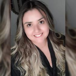 Amanda Domingues