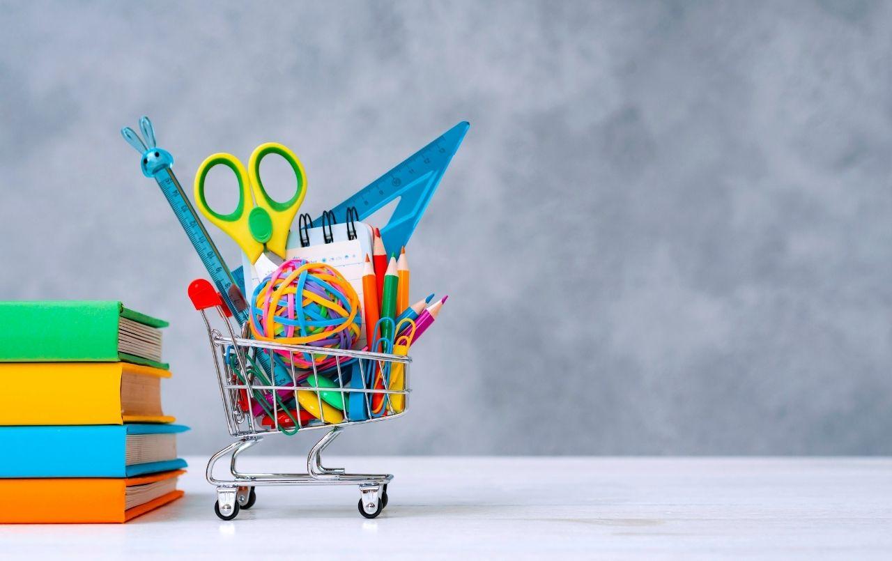 As melhores dicas para economizar na hora de comprar material escolar