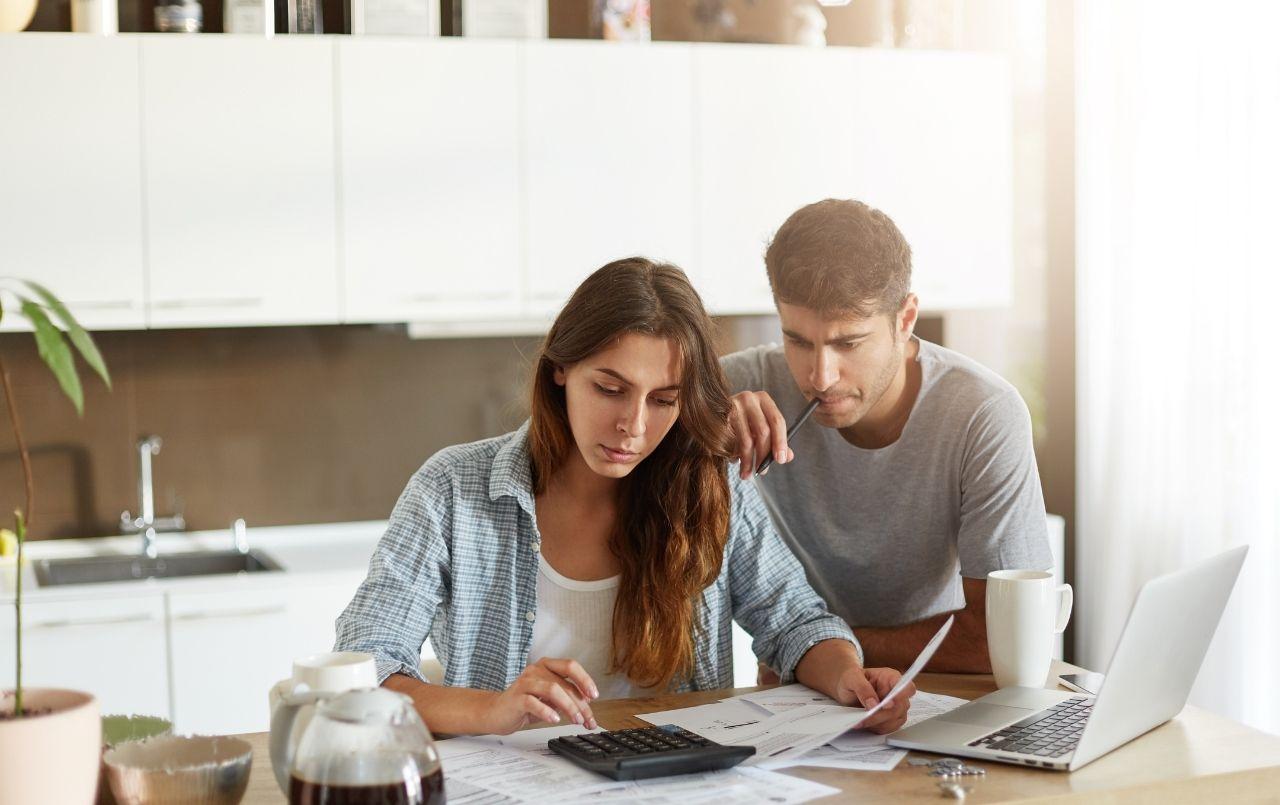 Finanças do casal: organize e faça um consórcio