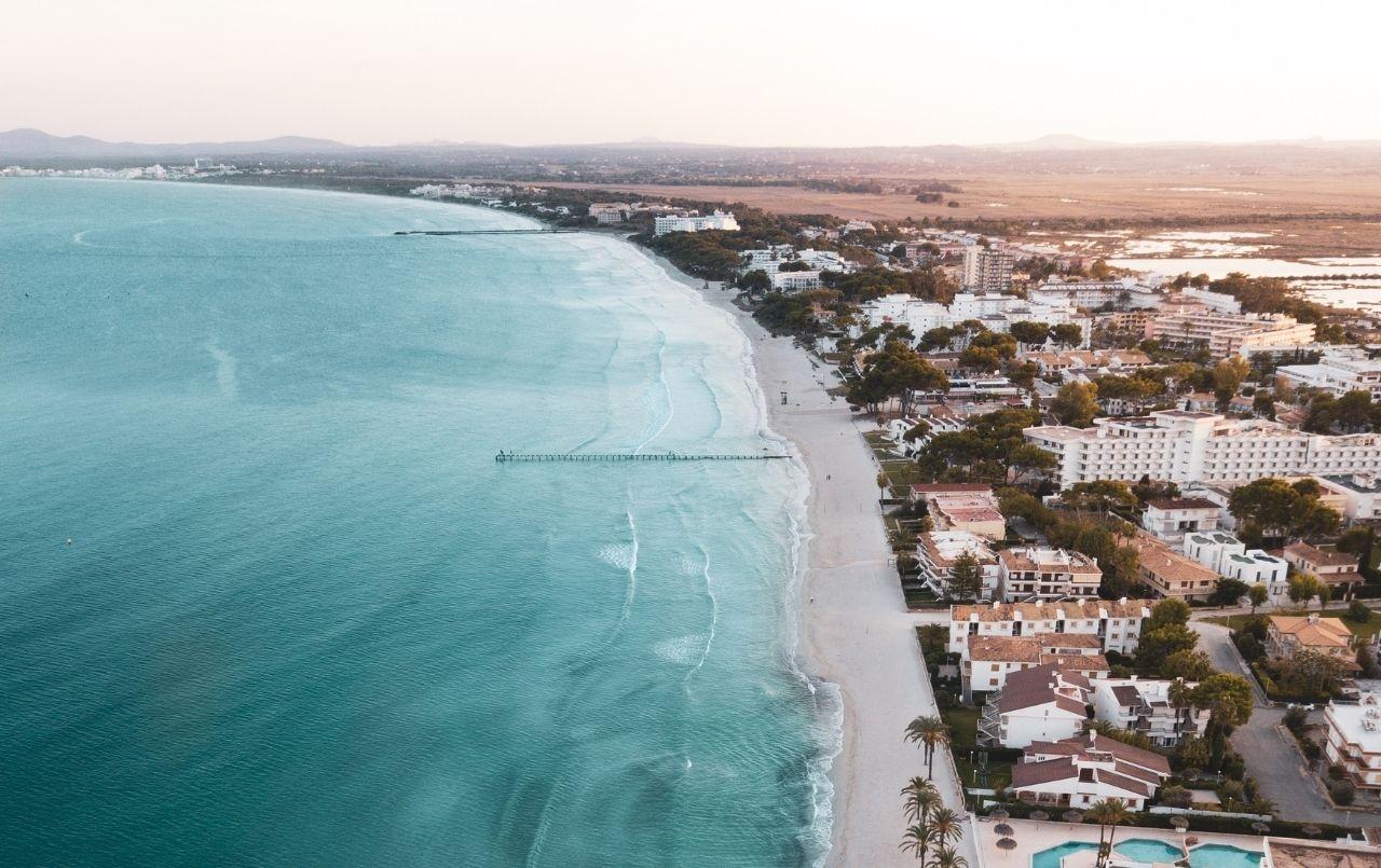Guia de como comprar uma casa na praia com o consórcio