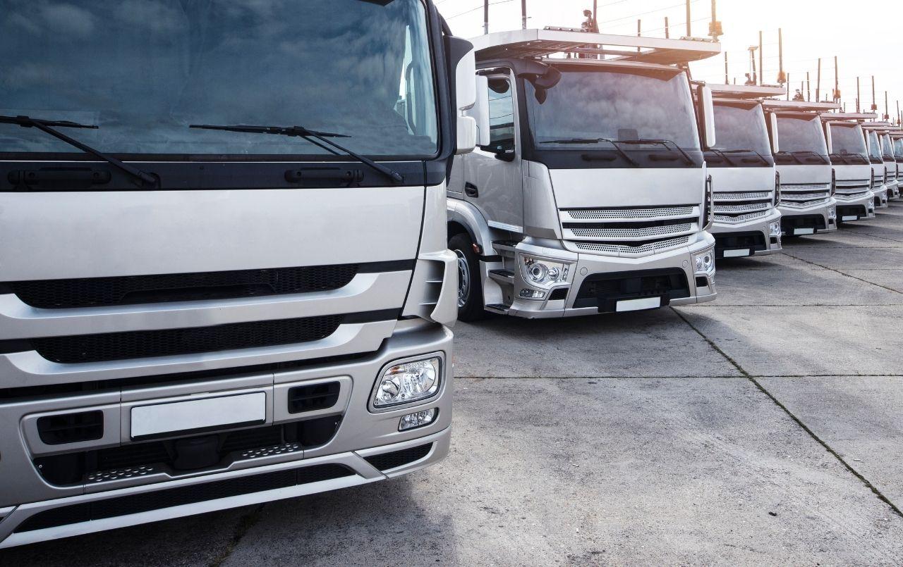 Frota de caminhões: tudo o que você precisa saber sobre o assunto