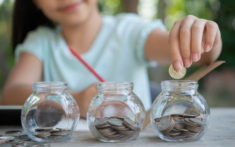 Finanças para crianças: dicas de como ensinar sobre dinheiro desde cedo