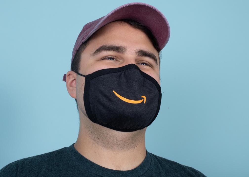 love-foot-custom-mask